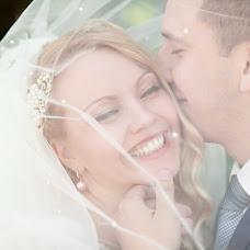 Wedding photographer Larisa Erikson (YourMoment). Photo of 12.02.2016