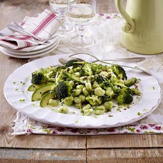 Green Salad with Avocado.