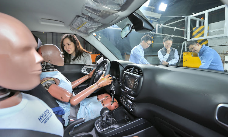 Hyundai is testing an airbag system for effective protection from multiple collisions.