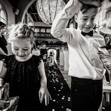 Wedding photographer Manola van Leeuwe (manolavanleeuwe). Photo of 08.05.2018