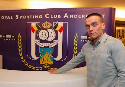 Officiel !  Un ancien joueur d'Anderlecht et de Charleroi se retrouve en D4 anglaise !