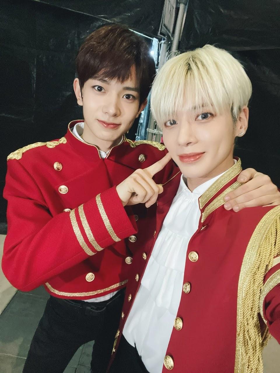 txt taehyun enhypen heeseung @ENHYPEN_members 3