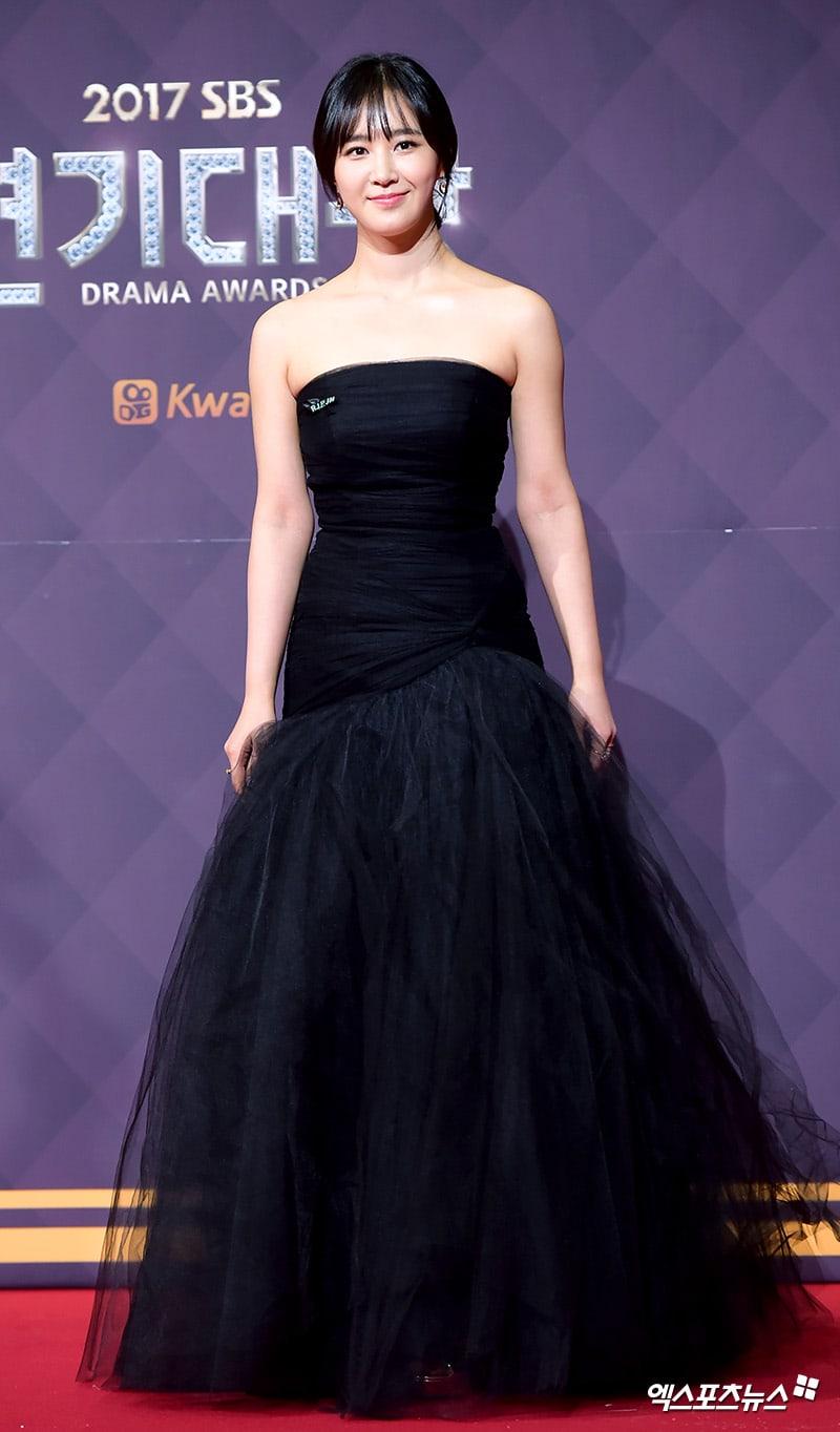 yuri gown 7