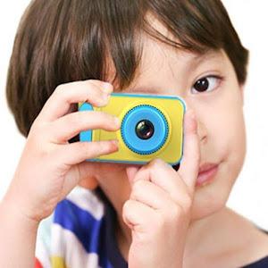 Jucarie: Primul meu aparat foto, 5 mpx. Filmeaza si fotografiaza!