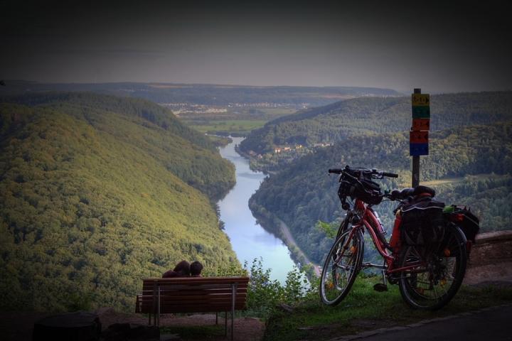 Bicicletta, romantica amica di Sergio Acerbi