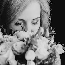 Wedding photographer Olya Yaroslavskaya (olgayaros86). Photo of 25.10.2017