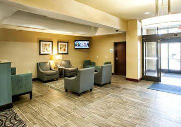 Holiday Inn Express and Suites Natchez South