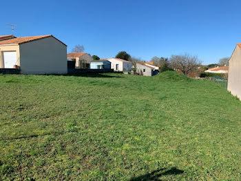terrain à Saint-remy (79)