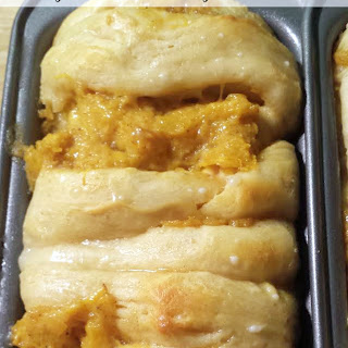 Pumpkin Pull Apart Bread.