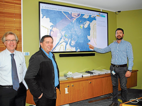 Narrabri Shire Council's Economic Development manager Bill Birch, left, Director, Development and Economic Growth, Tony Meppem and the manager, Planning and Regulatory Services, Daniel Boyce, with the presentation to Narrabri chamber of Commerce on industrial land availability.
