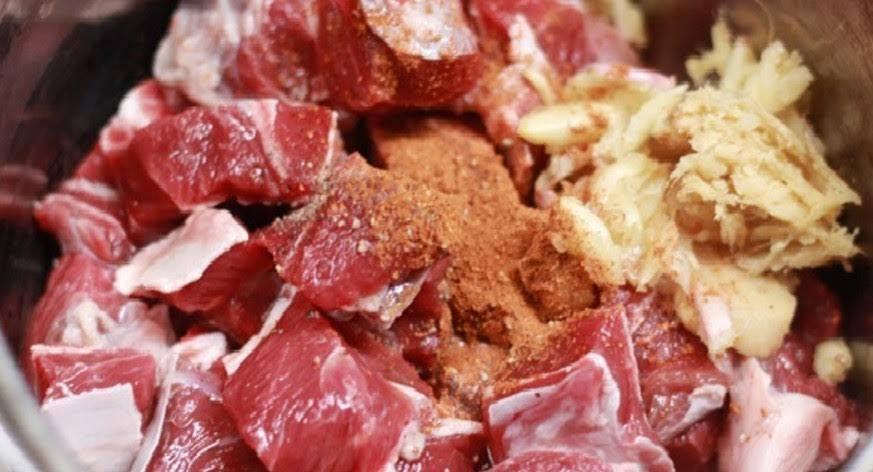 Mỗi ngày đều ăn thịt, nhưng bạn đã biết mỗi loại thịt ướp với gia vị gì là ngon nhất chưa?