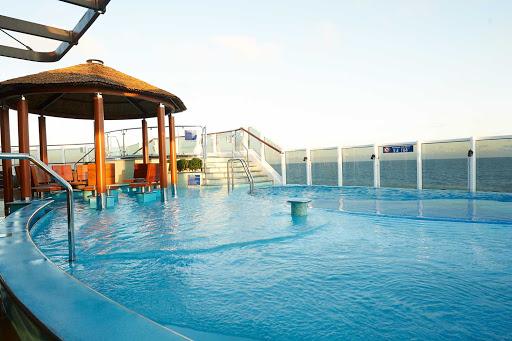 carnival-panorama-Havana-Pool-area2.jpg - Book a Havana stateroom or suite and enjoy the exclusive Havana Pool on Carnival Panorama.