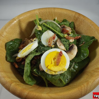 Classic Spinach Salad with Warm Bacon Dressing