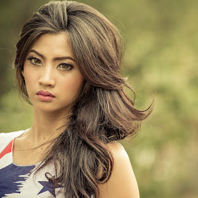 expressionless by Putu Anggara - People Portraits of Women ( expression, face, beauty, hair, eyes )