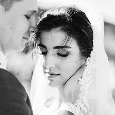 Wedding photographer Aleksandr Bogomazov (AlexanderSimf777). Photo of 25.10.2017