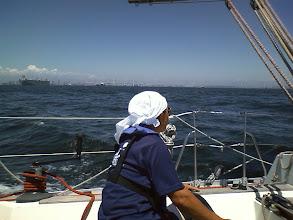 Photo: ベイブリッジ沖を艇速7~8ノットで快走!