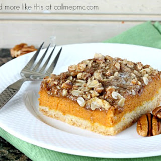 Gooey Pumpkin Bars With Praline Topping.