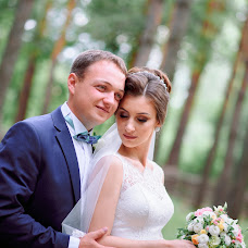 Wedding photographer Vladimir Vershinin (fatlens). Photo of 04.10.2017