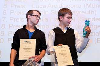 Photo: 20. Januar 2012, Urania,, Berlin, Deutschland, Preisverleihung  mathematischen Adventskalender 2011 des Matheon[Foto: KAY HERSCHELMANN Telefon:+49 (0)30-2927537 Mobil: +49 (0)171 26 73 495 email: Kay.Herschelmann@t-online.de, Berliner Sparkasse BAN: DE02 1005 0000 1554 5828 37 BIC-/SWIFT-Code: BE LA DE BE BLZ: 10050000 Konto-Nr.:1554582837 Alle Rechte vorbehalten. Abdruck nur gegen Honorar (zzgl. Mwst) und Belegexemplar. Urhebervermerk wird gemaess Paragraph 13 UrhG verlangt. Weitergabe an Dritte nur mit Genehmigung des Fotografen. NO MODEL RELEASE!]