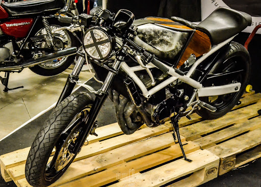préparation cafe racer moto paris rides accessoires mode de vie