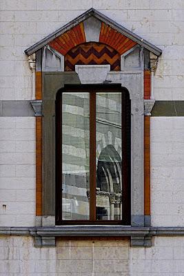 Finestra liberty con riflesso gotico di DMax