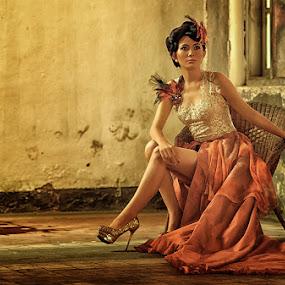 :: I R A :: by Kiagus Azhary - People Fashion