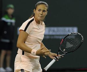 """🎥 Kasatkina onderhoudt haar trickshots """"op z'n Federers"""""""