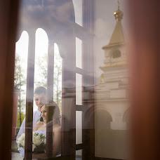 Wedding photographer Anya Bozina (Bozya). Photo of 04.12.2015