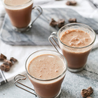 3 INGREDIENT HOMEMADE CHOCOLATE MILK