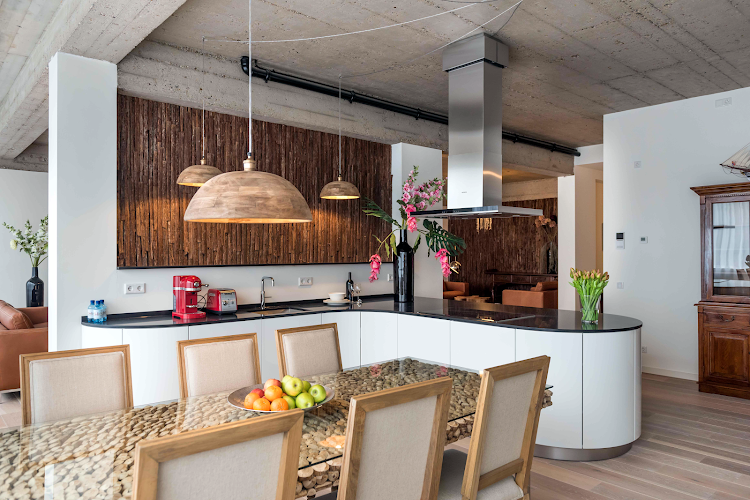 Dining space at Oud Zuid apartment