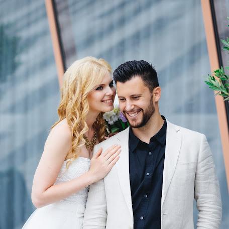 Wedding photographer Olga Sukovaticina (casseopea1). Photo of 19.02.2018