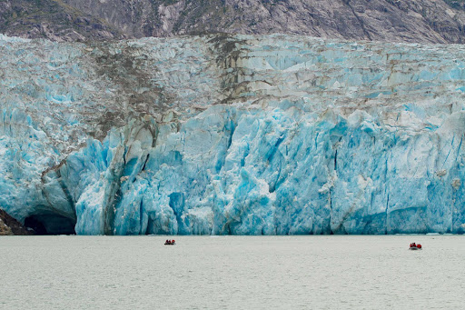 Uncruise-skiffs-glacier.jpg - See glaciers close up on a skiff during an UnCruise Adventures sailing.