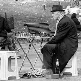 by Estislav Ploshtakov - Black & White Street & Candid