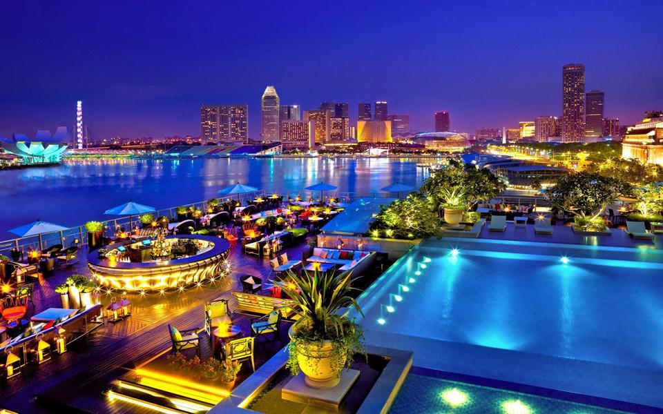 Tháng 12 nên đi du lịch ở đâu? Các điểm du lịch nên đi vào tháng 12 - Vietmountain Travel 11