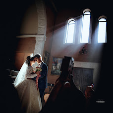 Wedding photographer Sergey Vinnikov (VinSerEv). Photo of 09.10.2017