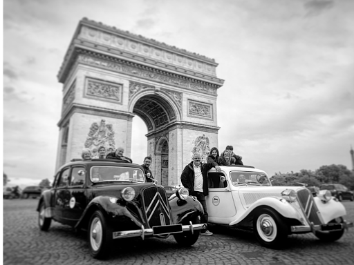 Paris romantic tour aboard a luxury open roof classic french car