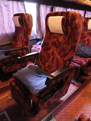 西鉄高速バス「桜島号」夜行便 4012 シート