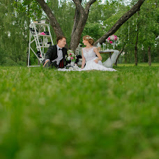 Wedding photographer Olga Sluckaya (olgaslu). Photo of 23.04.2015