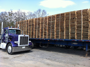 Photo: a truckload of pallets to go