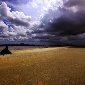 by Andry Wahyudi Agus - Landscapes Weather