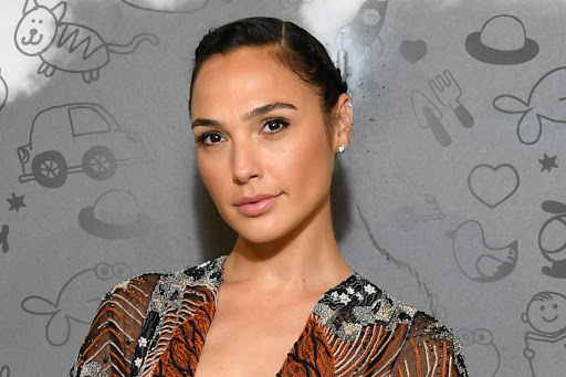 How Gal Gadot Explained the Birds and the Bees to Her Daughters
