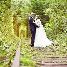 Wedding photographer Olga Savluk (Olichcka). Photo of 04.01.2016