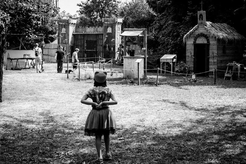 Bambina e Medioevo di claudio_scarantino