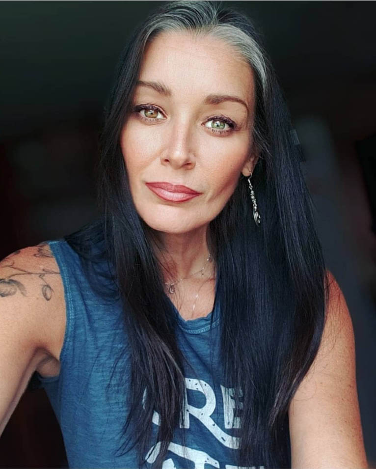 25 Women Going Gray Gracefully on Instagram Who Will Inspire You to Quit Dying Your Hair