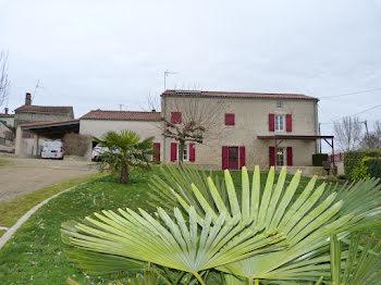 propriété à Saint-Michel-le-Cloucq (85)