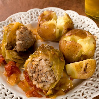 Slow-Cooked Stuffed Cabbage