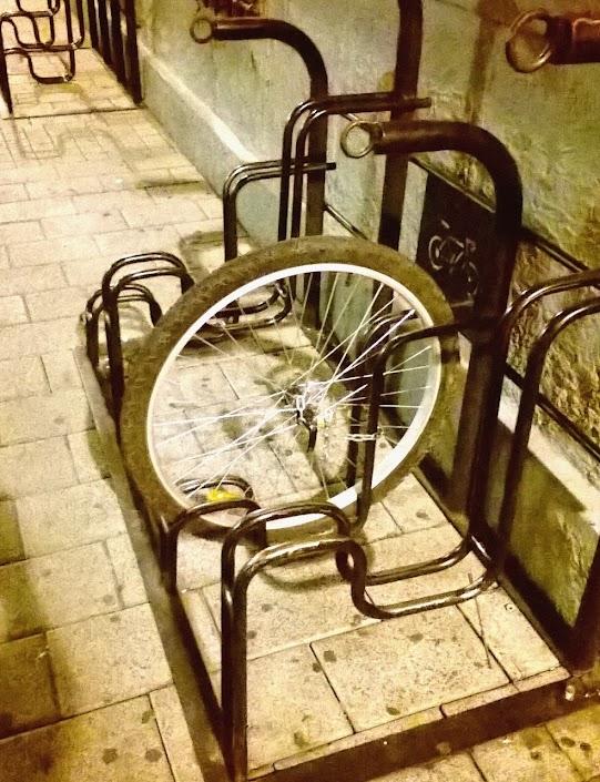 Cómo no amarrar tu querida y práctica bici