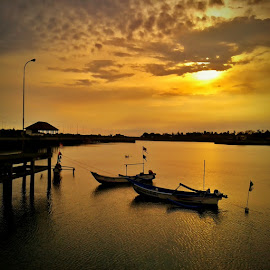 Fisherman Boat by Agrie Aryoko - Transportation Boats (  )