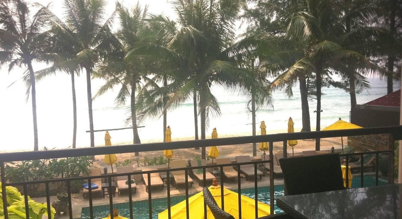 Kamala Beachfront Apartment