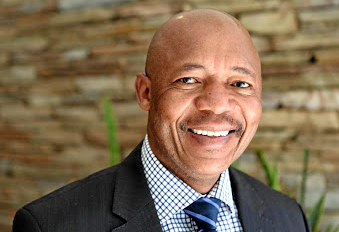 Staff members at the Public Investment Corporation have requested that PIC chairman Mondli Gungubele and the board suspend CEO Dan Matjila and CFO Matshepo More before the inquiry begins